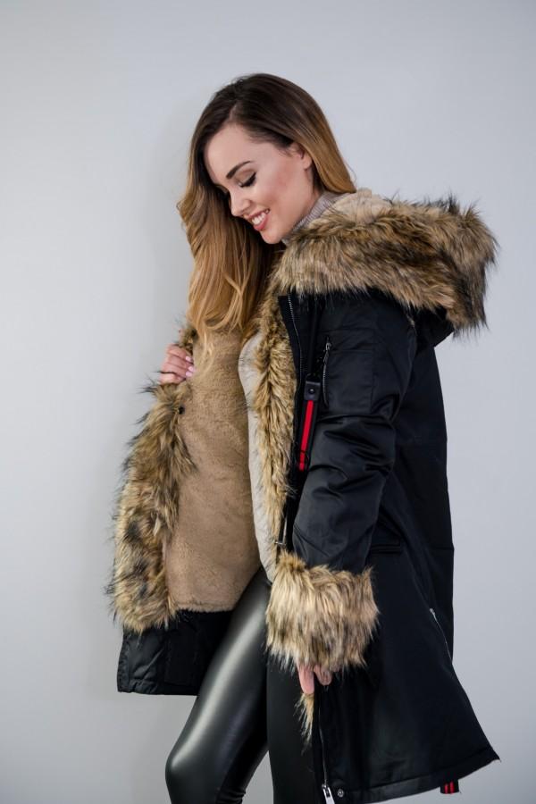 Płaszcz kurtka ocieplana z futerkiem czarna 2