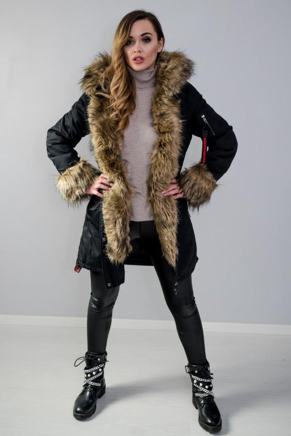 Płaszcz kurtka ocieplana z futerkiem czarna 4