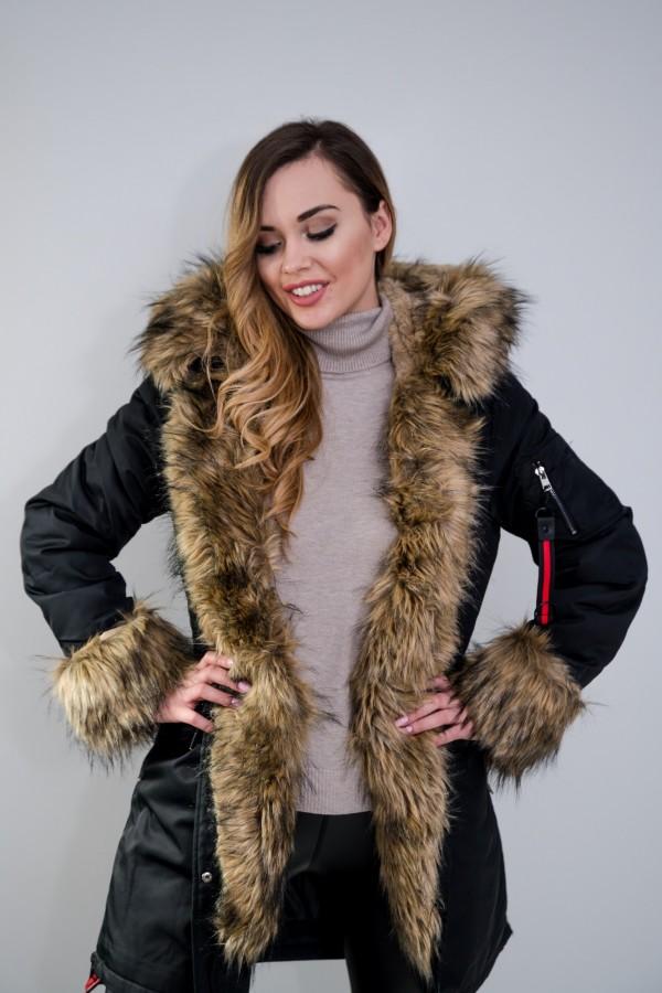 Płaszcz kurtka ocieplana z futerkiem czarna 5