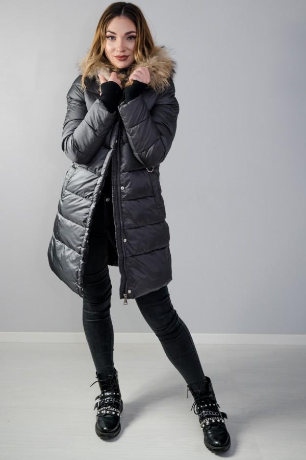 Płaszcz pikowany szary futro 1