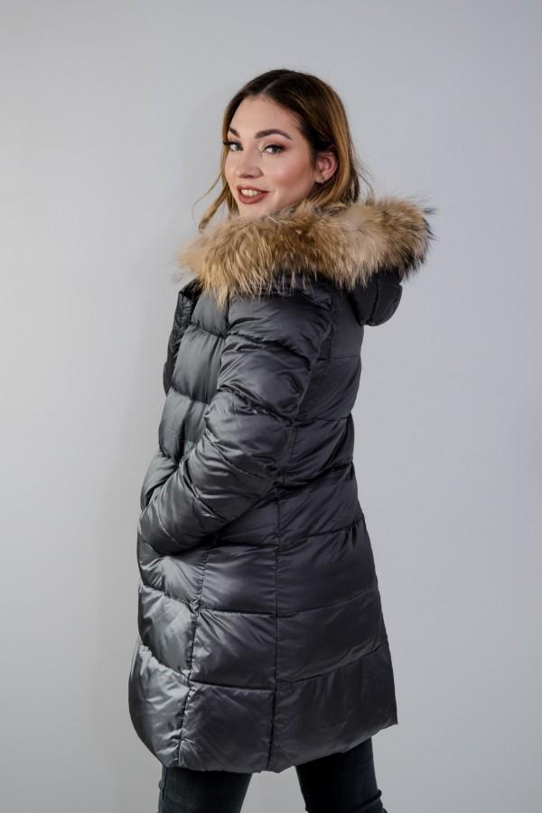 Płaszcz pikowany szary futro 4