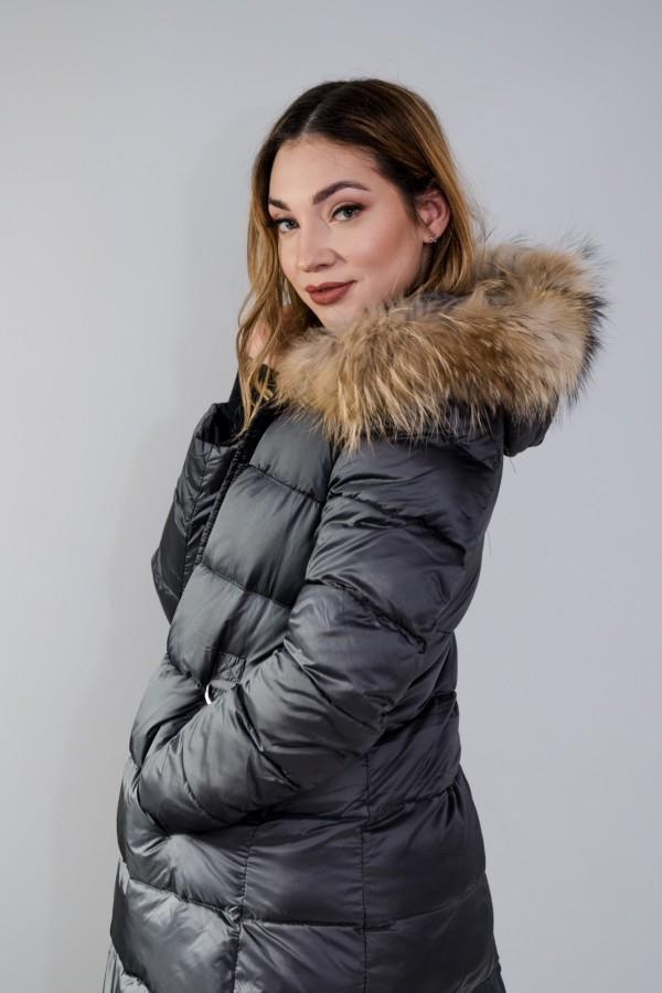 Płaszcz pikowany szary futro 5