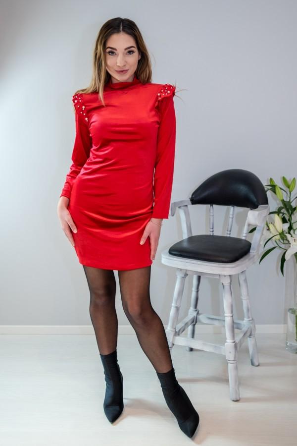sukienka welurowa z perełkami czerwona 3