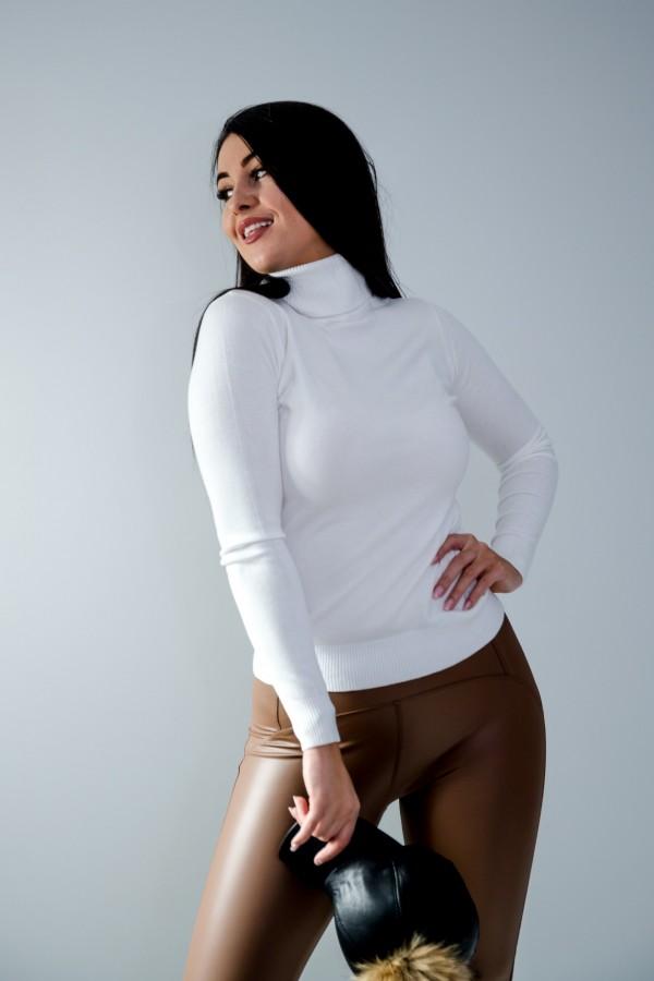 sweter golf biały 2