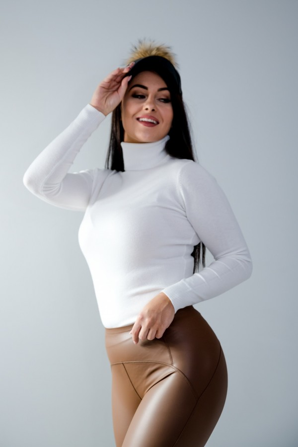 sweter golf biały 8