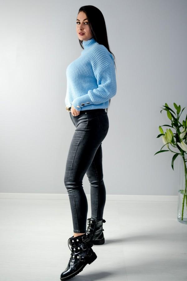 sweter niebieski półgolf guziczki 9