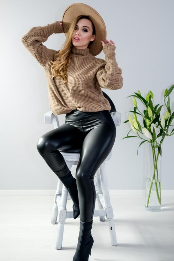 sweter brązowy półgolf guziczki 11