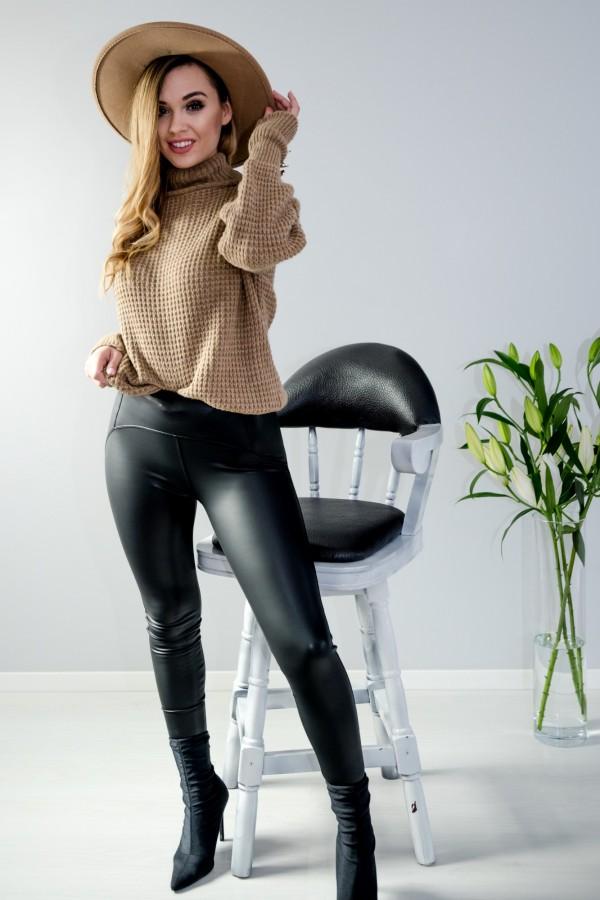 sweter brązowy półgolf guziczki 4