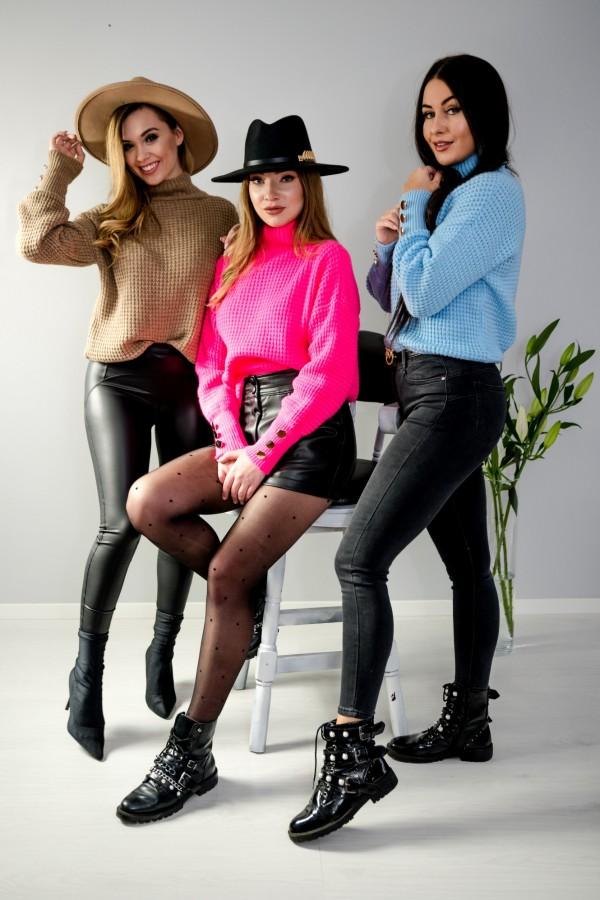 sweter brązowy półgolf guziczki 7