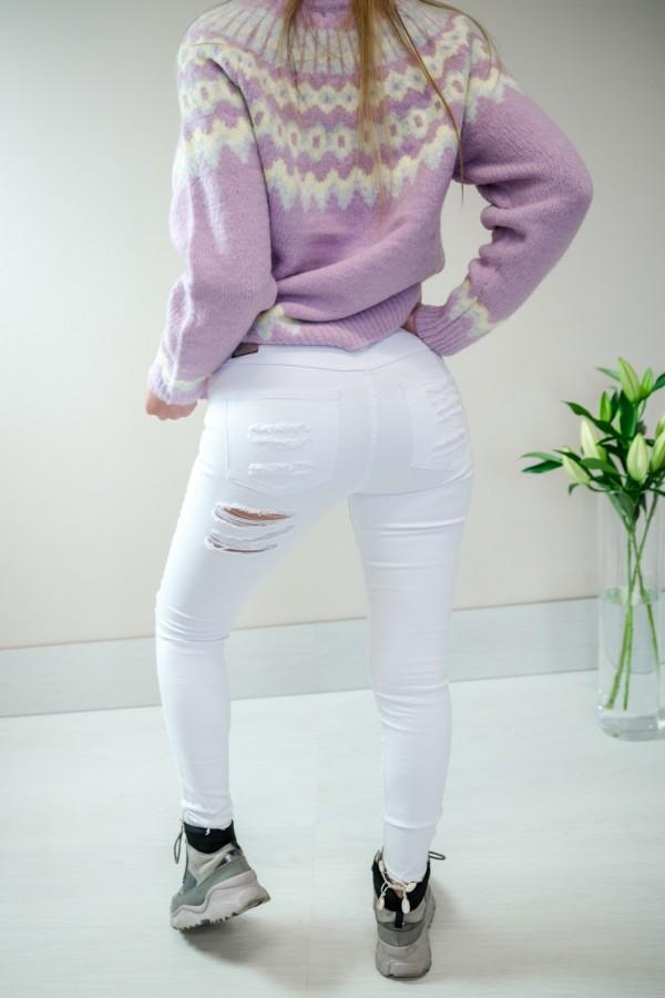 Białe spodnie jeansy z dziurami 5