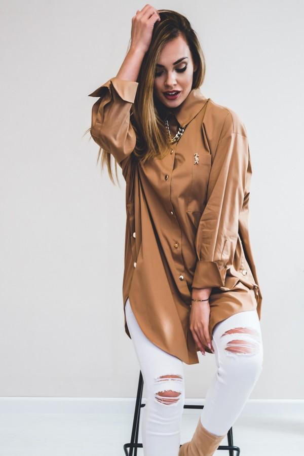 Koszula oversize karmelowa złoty łańcuch
