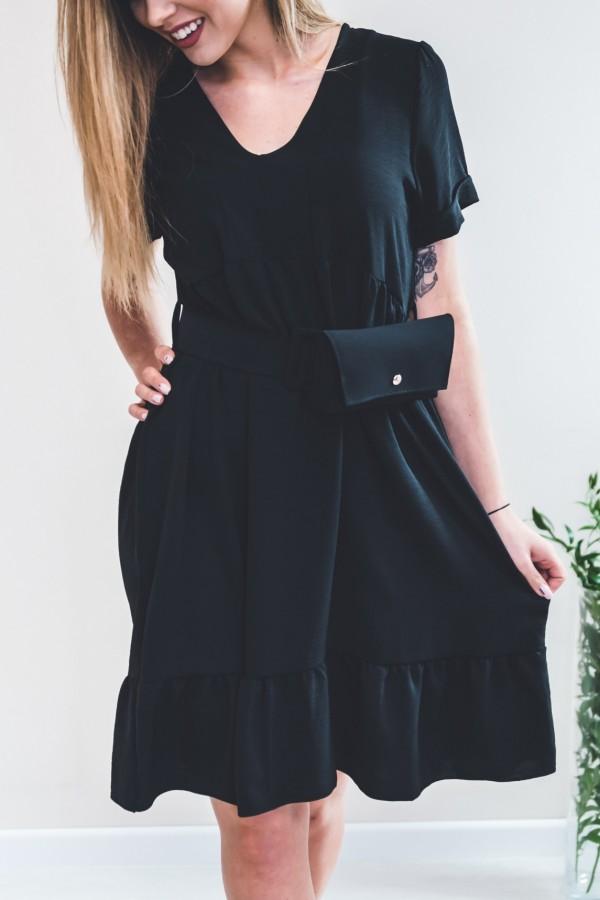 Sukienka czarna z torebką w talii