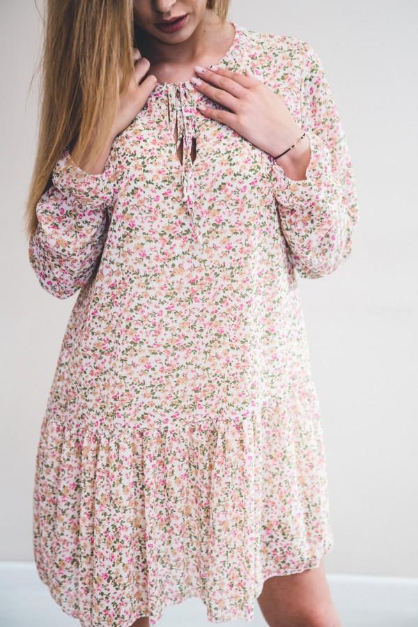 sukienka kremowa drobne kwiatki róż 8