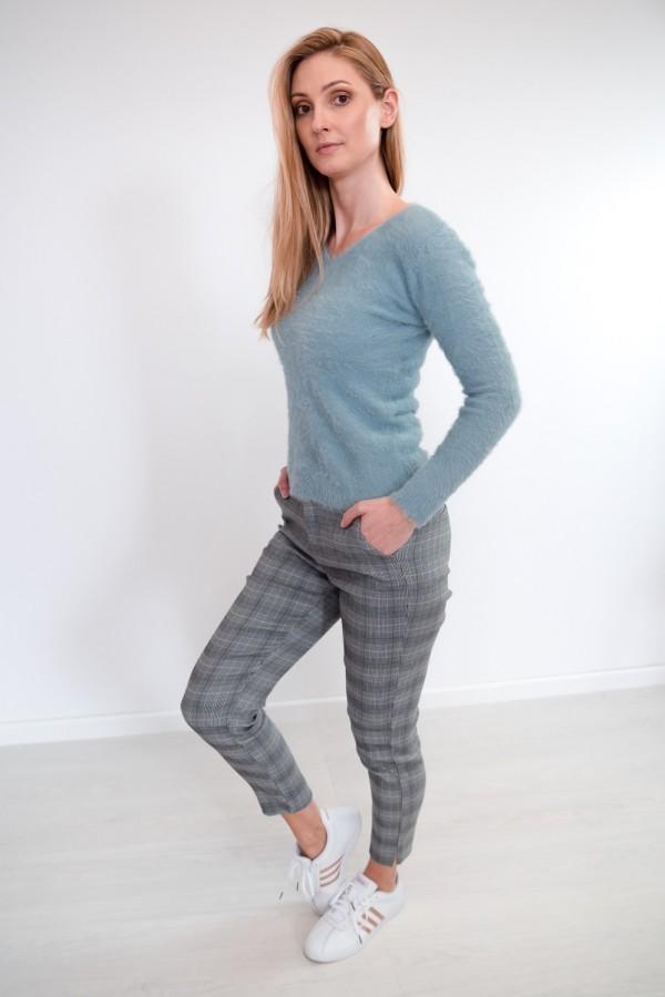 Spodnie w kratkę materiałowe 2