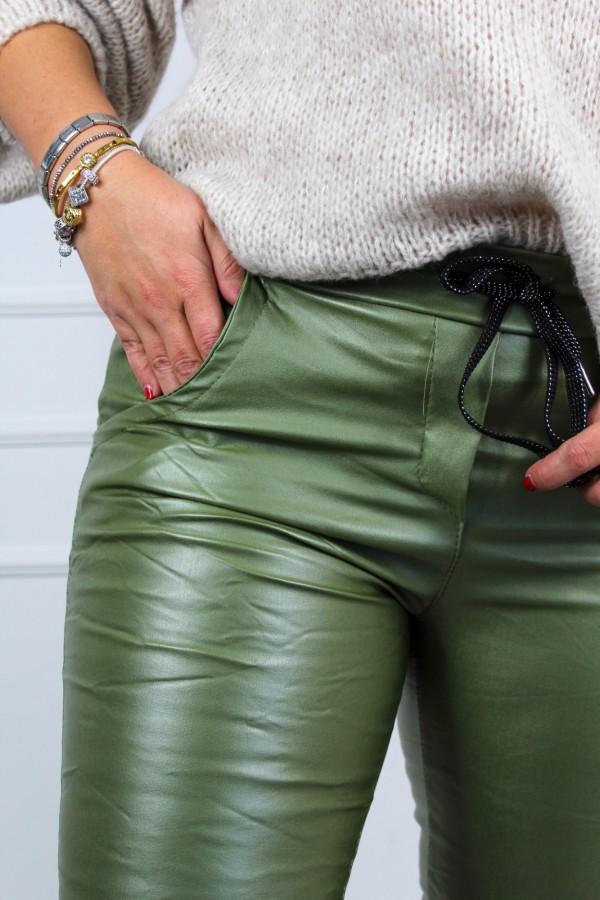 Spodnie woskowane zieleń Siren 3