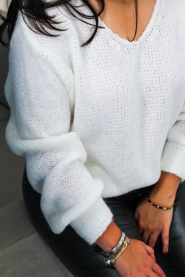Sweter oversize biały Flora 1