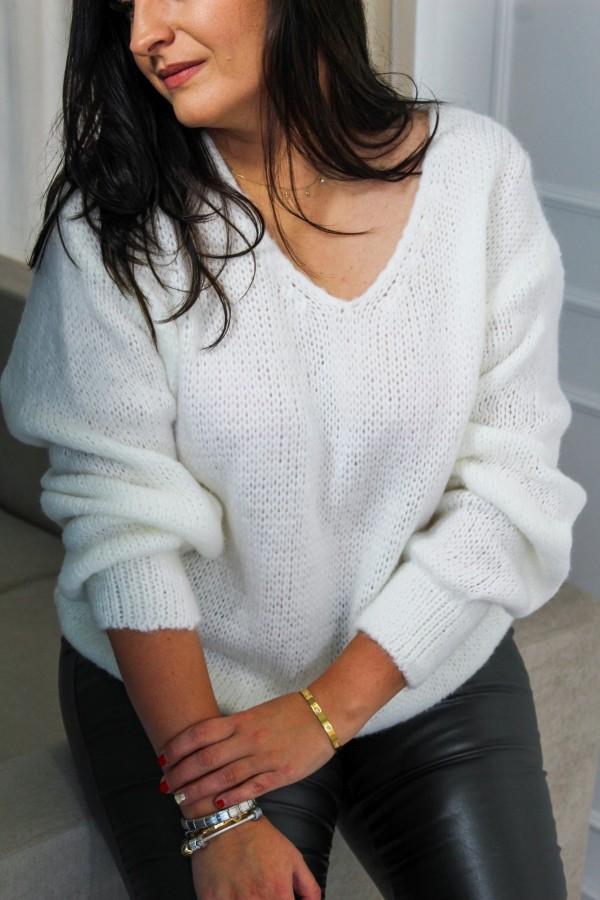 Sweter oversize biały Flora 3